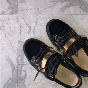 c048172560e46 Giuseppe Zanotti Shoes - GIUSEPPE ZANOTTI VELVET LEATHER VERONICA SNEAKER